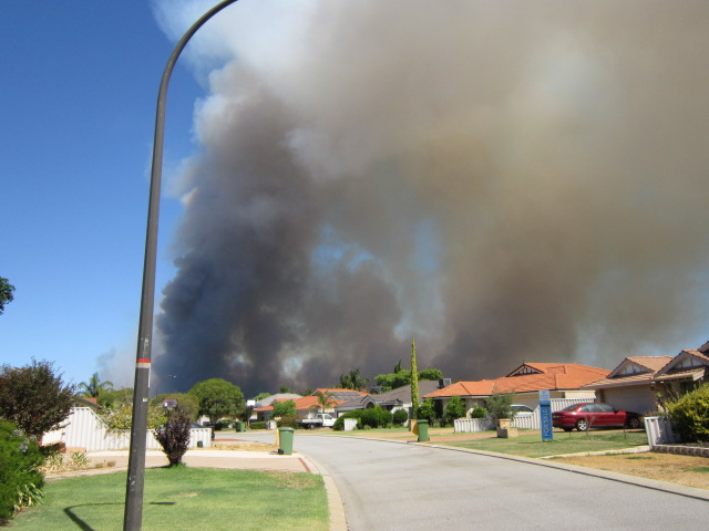 Jamie's school close to the bush fire Perth WA  School evacuated